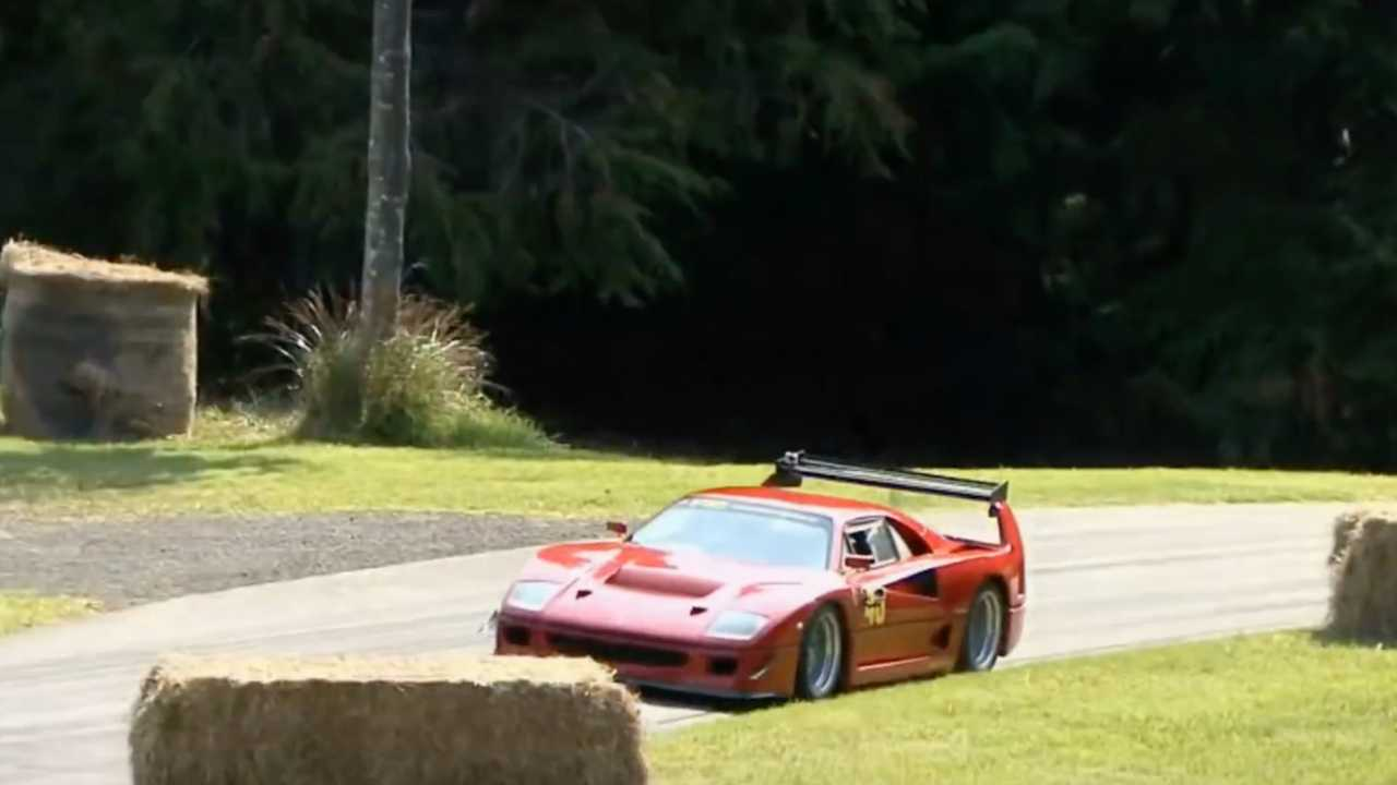 Ferrari F40 LM Replica Left Front