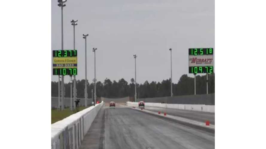 Video: Tesla Model S P85 Takes on Tesla Model S P85 in World's Quietest Drag Race