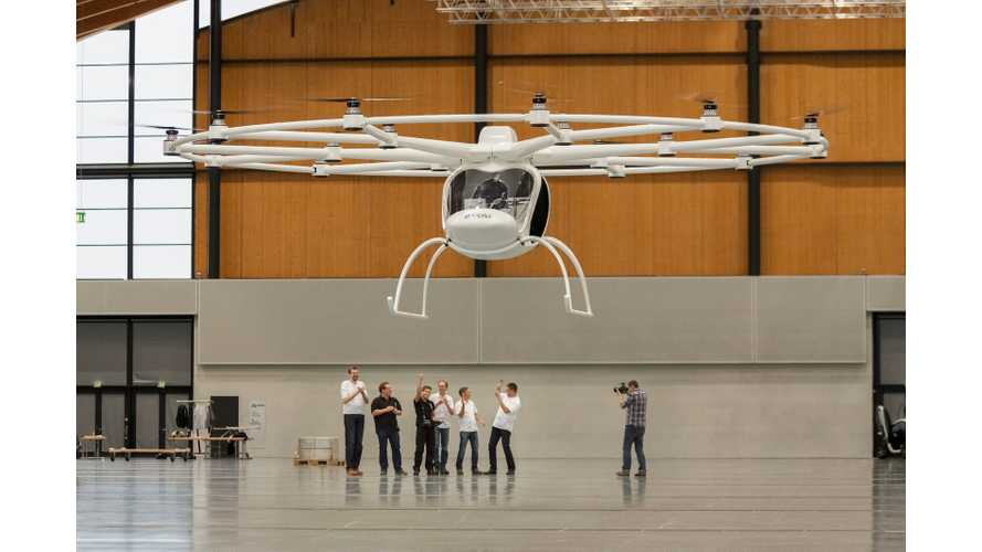 e-Volo Volocopter VC200 - Electric Multirotor Helicopter (w/video)