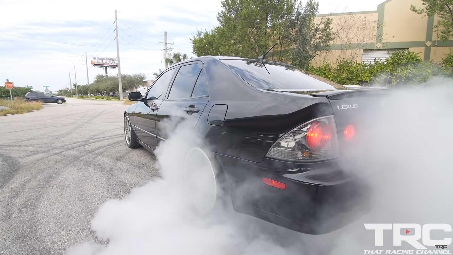 Lexus IS300 Sleeper Packs More Power Than A Bugatti Veyron