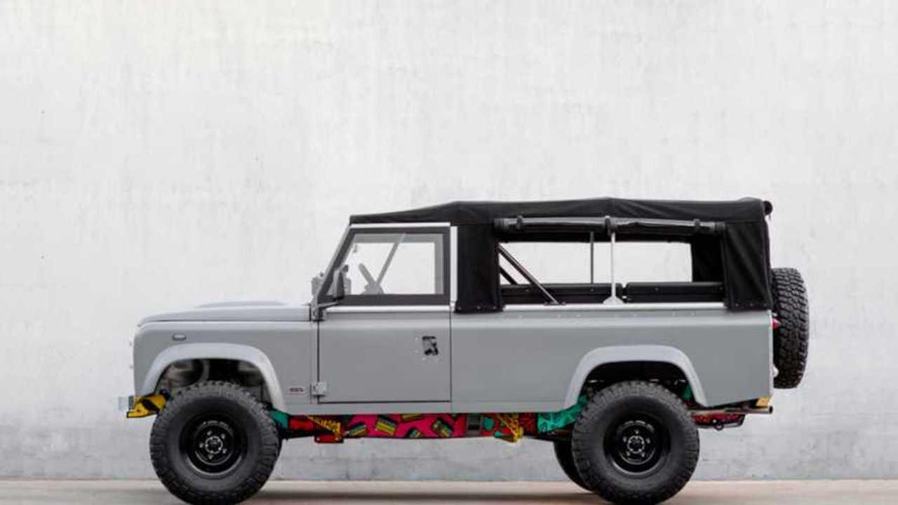 Modified 1983 Land Rover V8 Lisbon