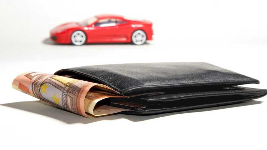 Reddito di cittadinanza, anche l'auto conta