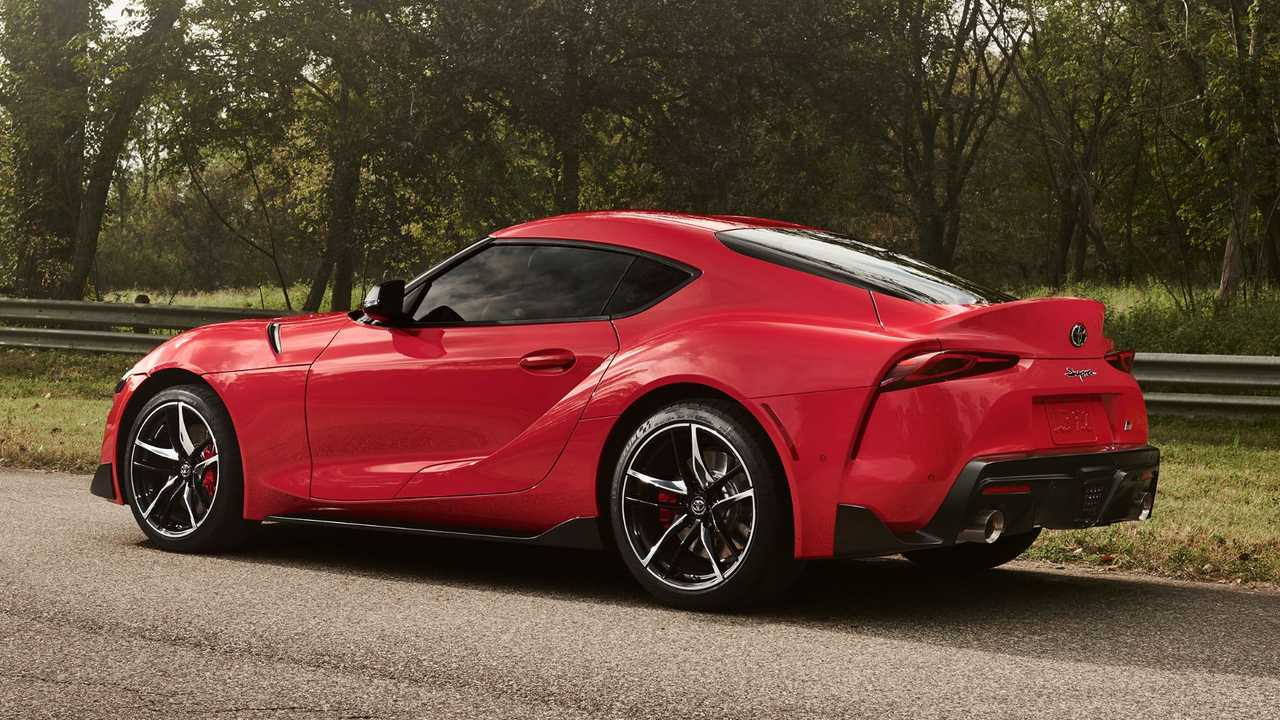 2020 toyota supra vs supra mk4 here s how they stack up. Black Bedroom Furniture Sets. Home Design Ideas