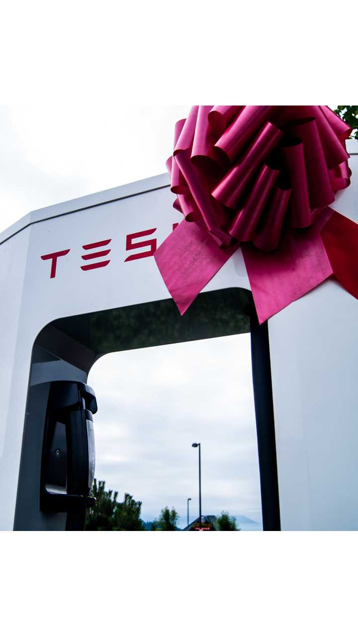 Tesla Completes Texas Triangle Supercharger Network