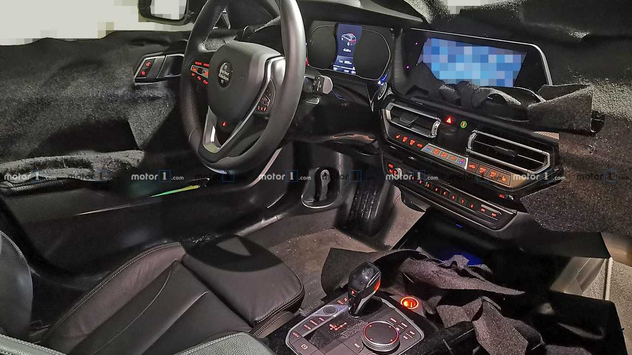 2019 BMW 1 Series interior