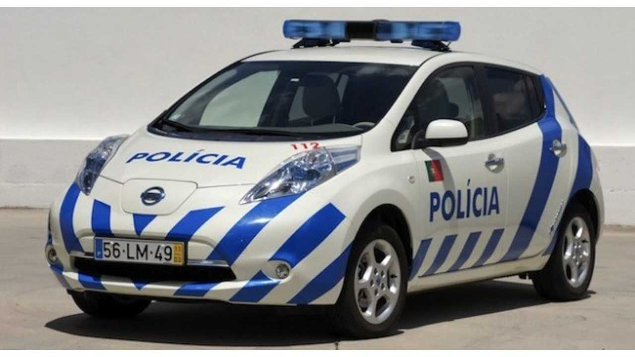 Portuguese Leaf Police Cars