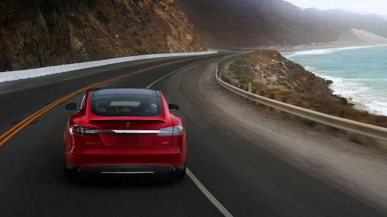 Naivgant Research Predicts 2014 Will be a Challenging Year For Tesla Motors