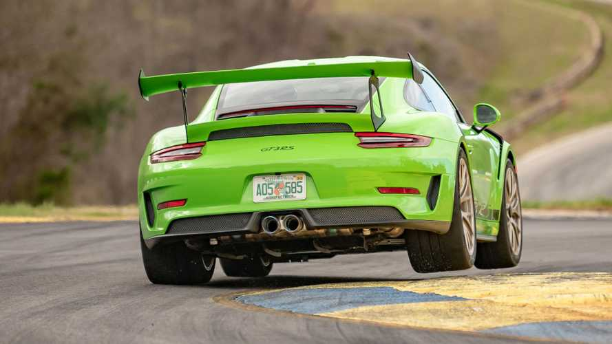 Watch the Porsche 911 GT3 RS rip up Road Atlanta