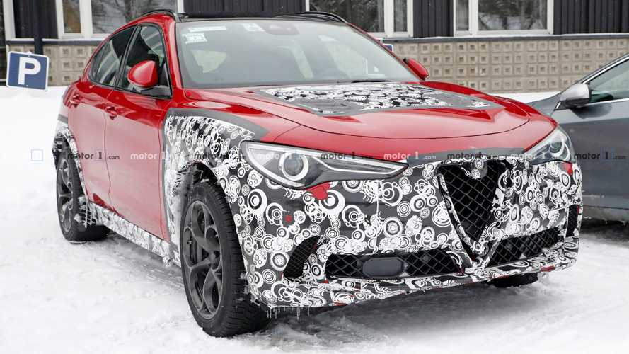 Alfa Romeo Stelvio photo espion