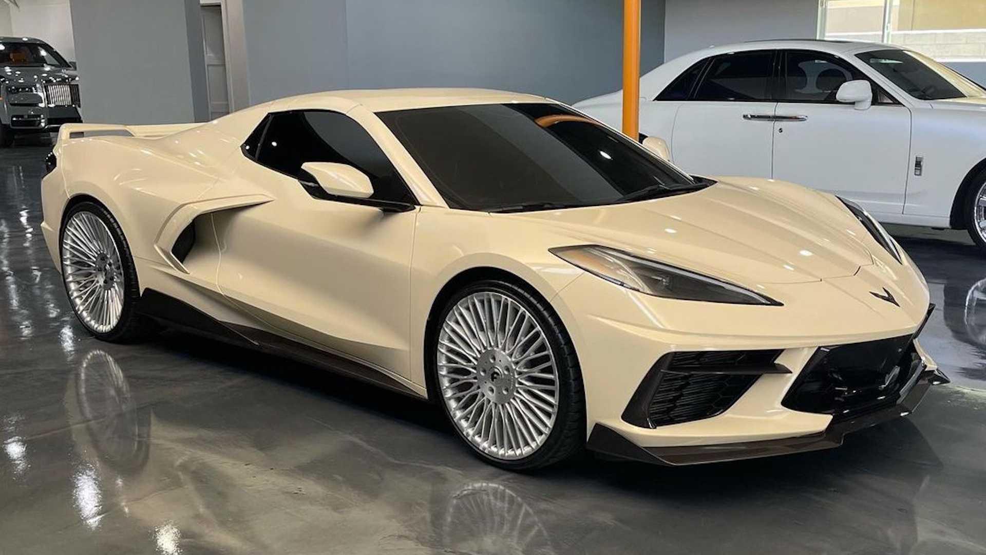 Bej renkli bir Corvette'i ilk kez görüyor olmalısınız