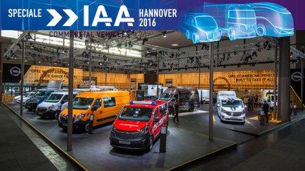 IAA Hannover 2016, Opel propone Vivaro Sport