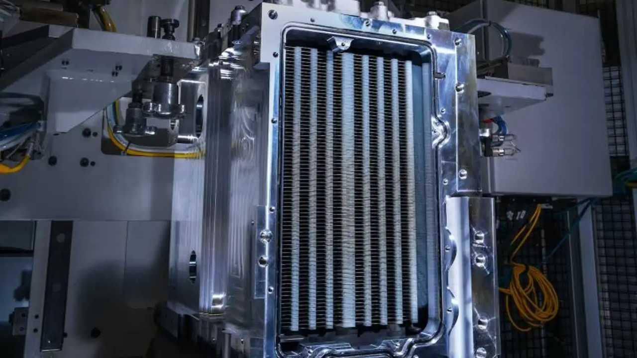 la fuel cell GM Hydrotec usata per i Power Cubes a idrogeno