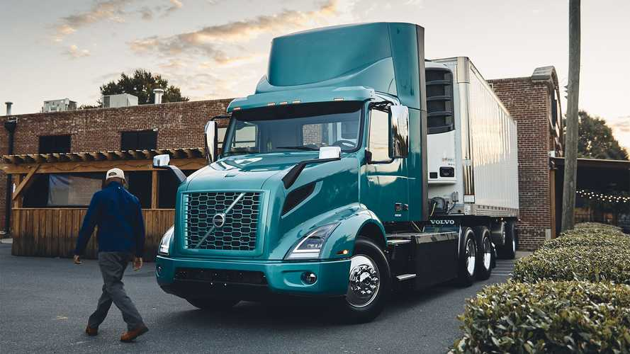 Volvo Trucks, ordine record di camion elettrici in Nord America