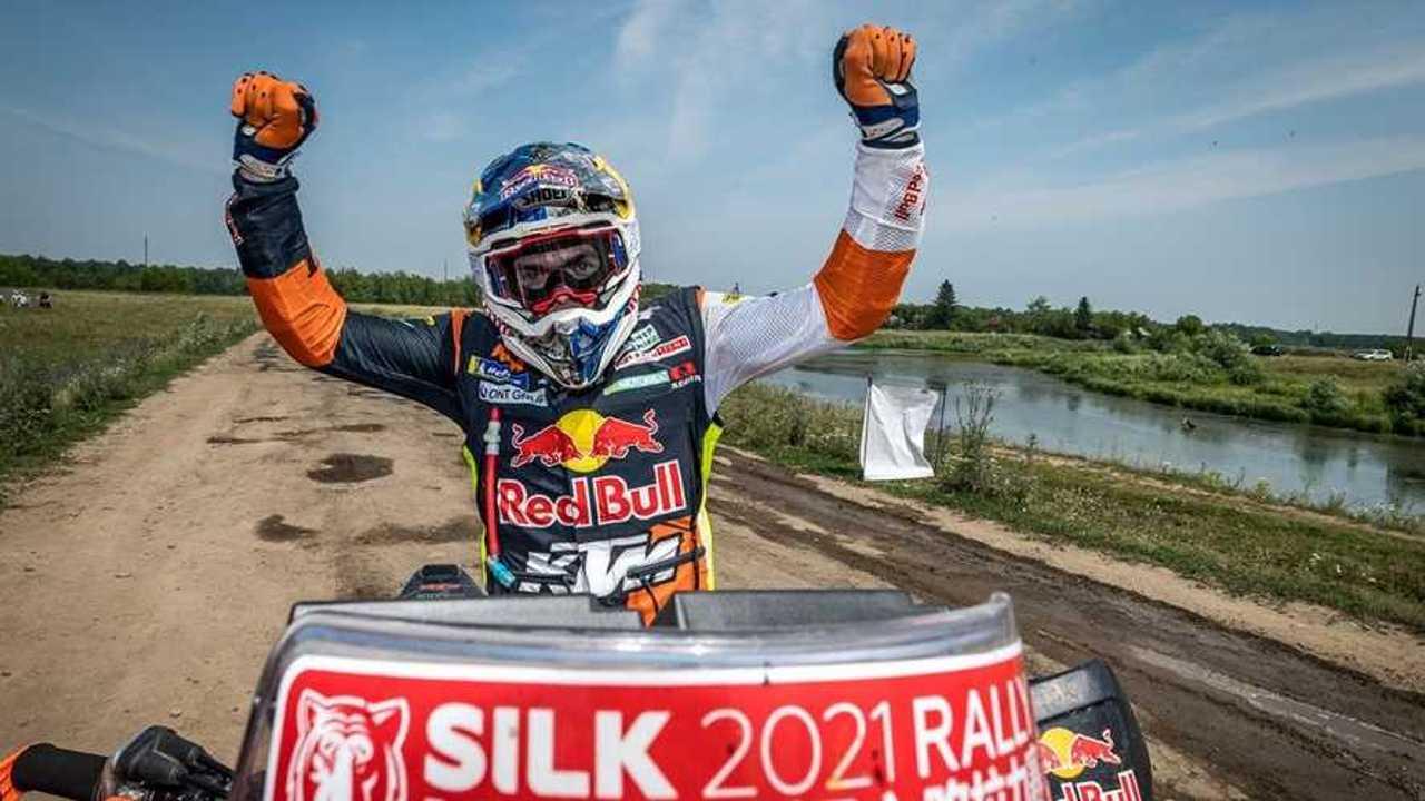Matthias Walkner Wins 2021 Silk Way Rally - Victory