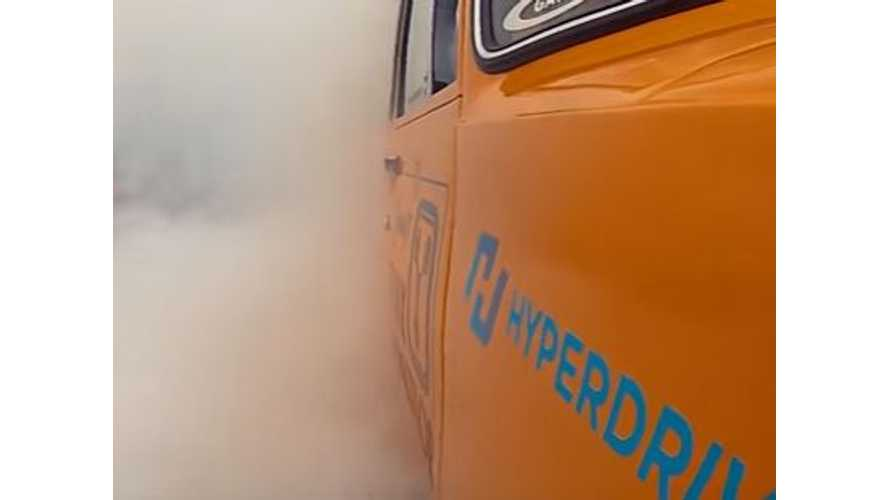 Flux Capacitor Burns Up The Tarmac - Video