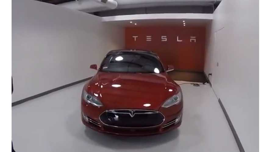 First Documented Tesla Model S P85D Delivery Walkthrough - Videos