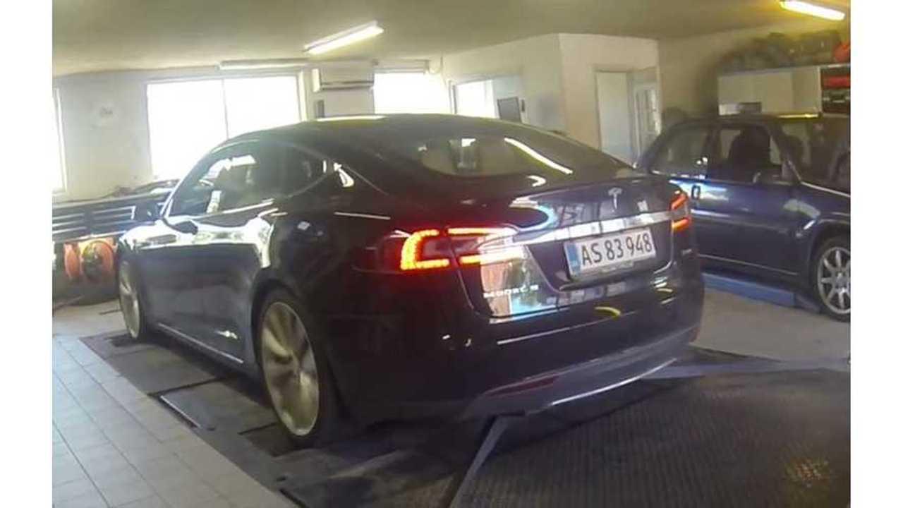 Tesla Model S P85D Breaks Dyno - Video