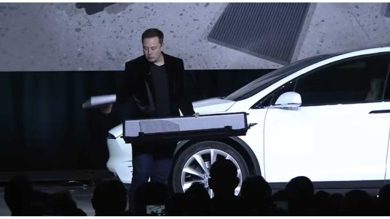Elon Musk Now Owns More Than 1/5th Of Tesla, Has Taken $2.1 Billion Hit This Year