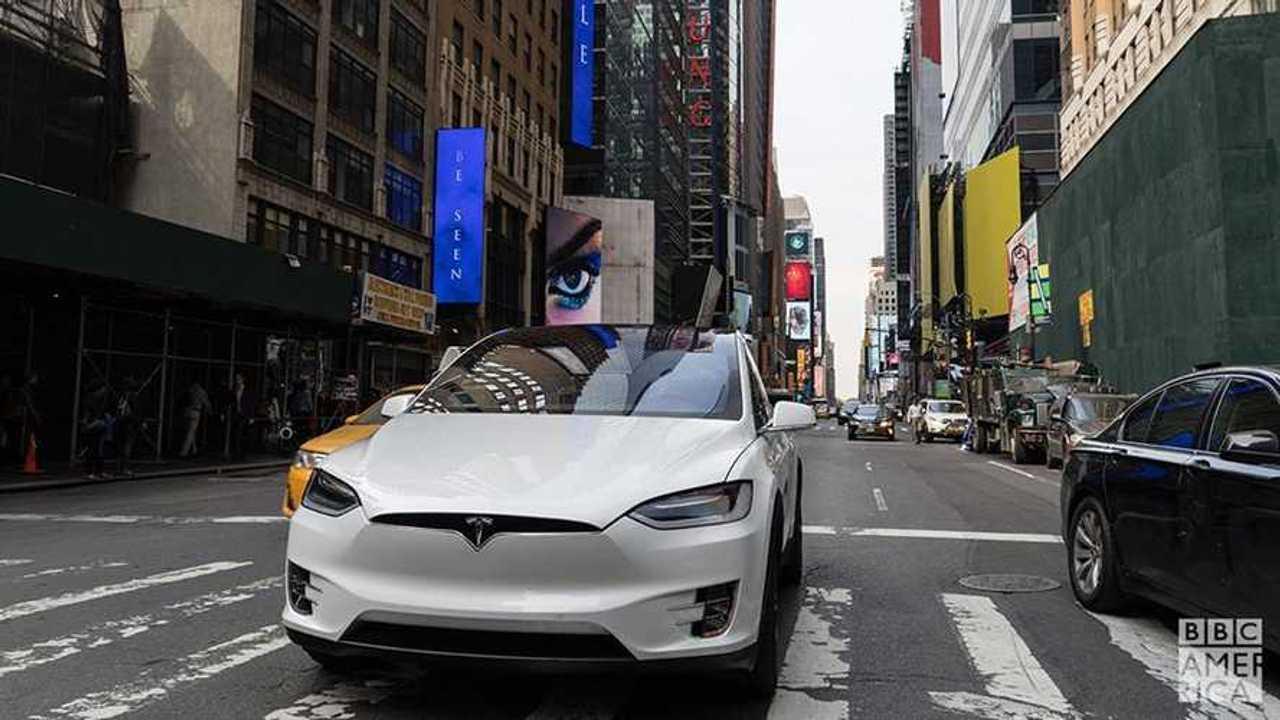 BBC's Top Gear Reviews Tesla Model X P90DL
