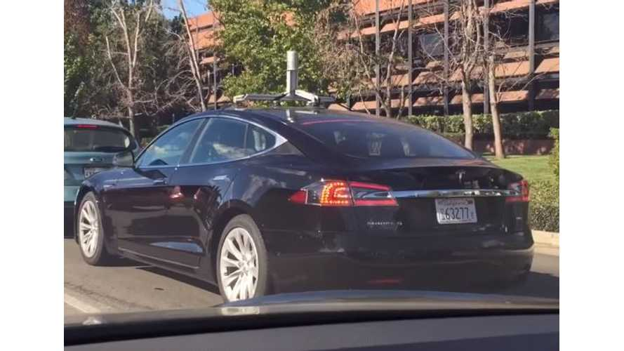Tesla Model S With Manufacturer's Plate Caught Testing Velodyne Lidar System - Video