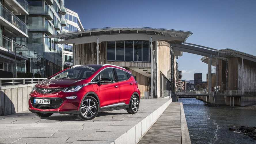 Which International Cities Are Leading Electric Vehicle Growth?