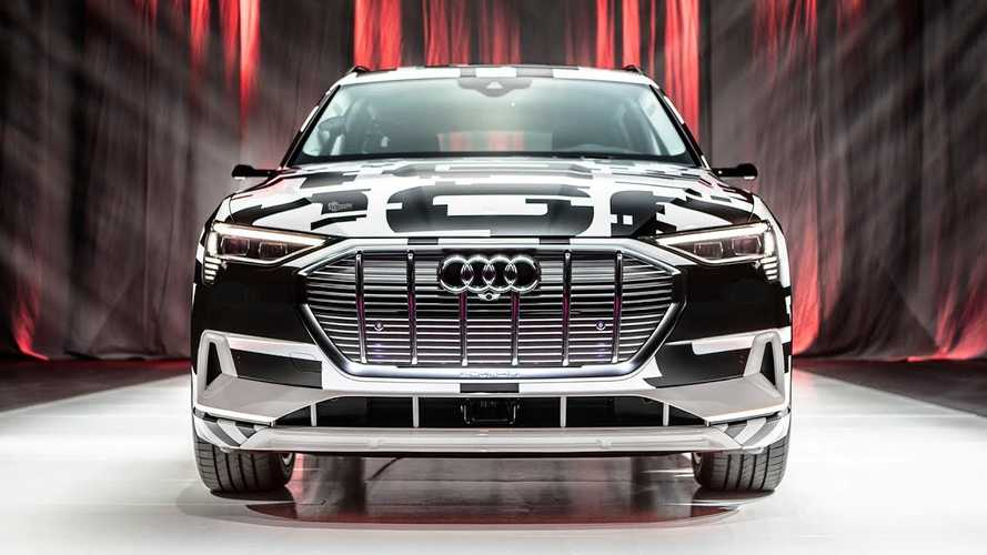Let's See How Those Audi E-Tron SUV Virtual Mirrors Actually Work