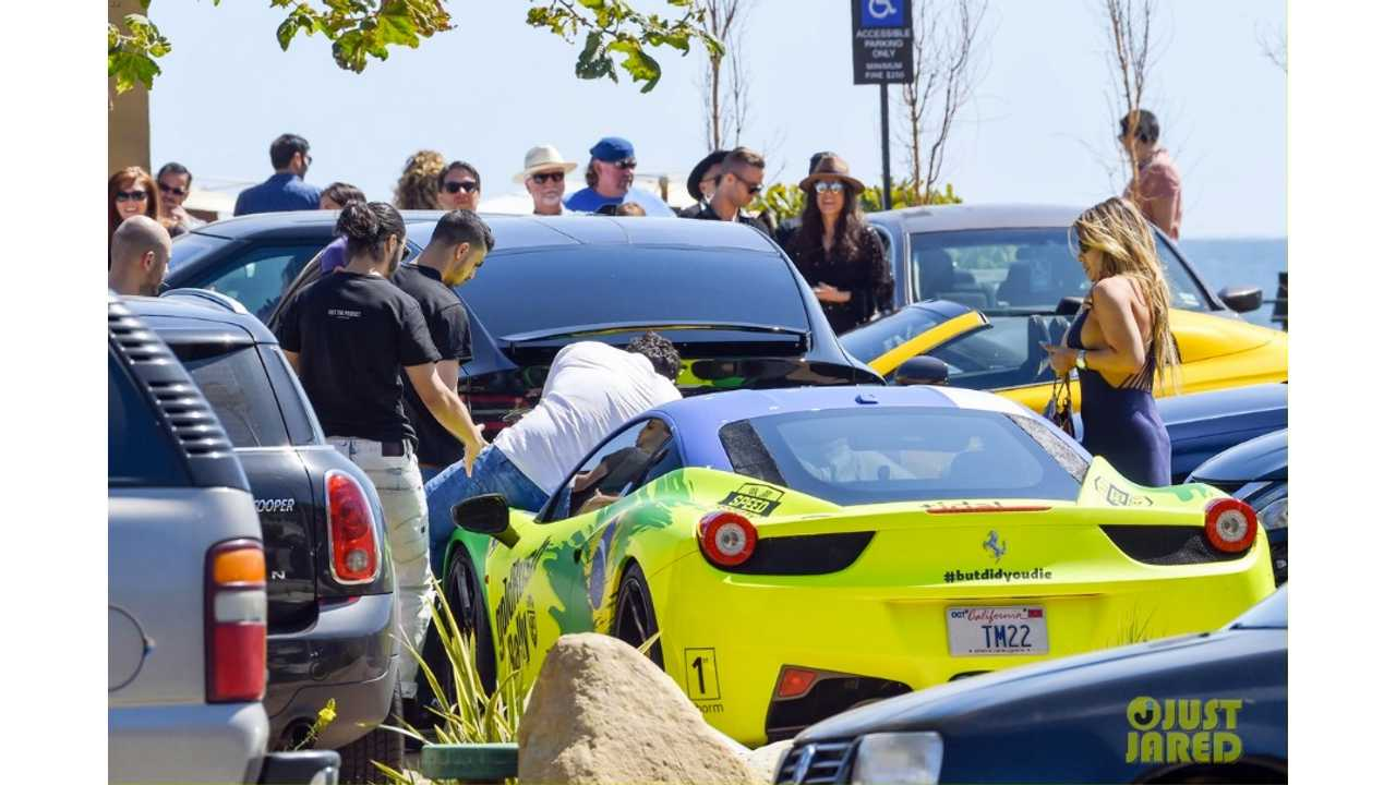 Adam-Levine-Ludicrous-Tesla-Model-X-P90D-Accident-3-Malibu-via-Just_Jared
