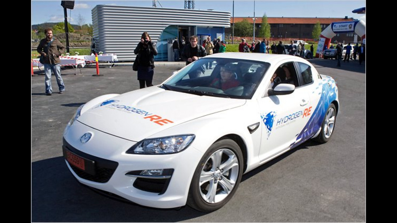 Mazda RX-8 Hydrogen RE (2004)