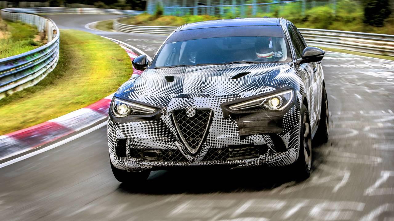 SUV le plus rapide - Alfa Romeo Stelvio Quadrifoglio
