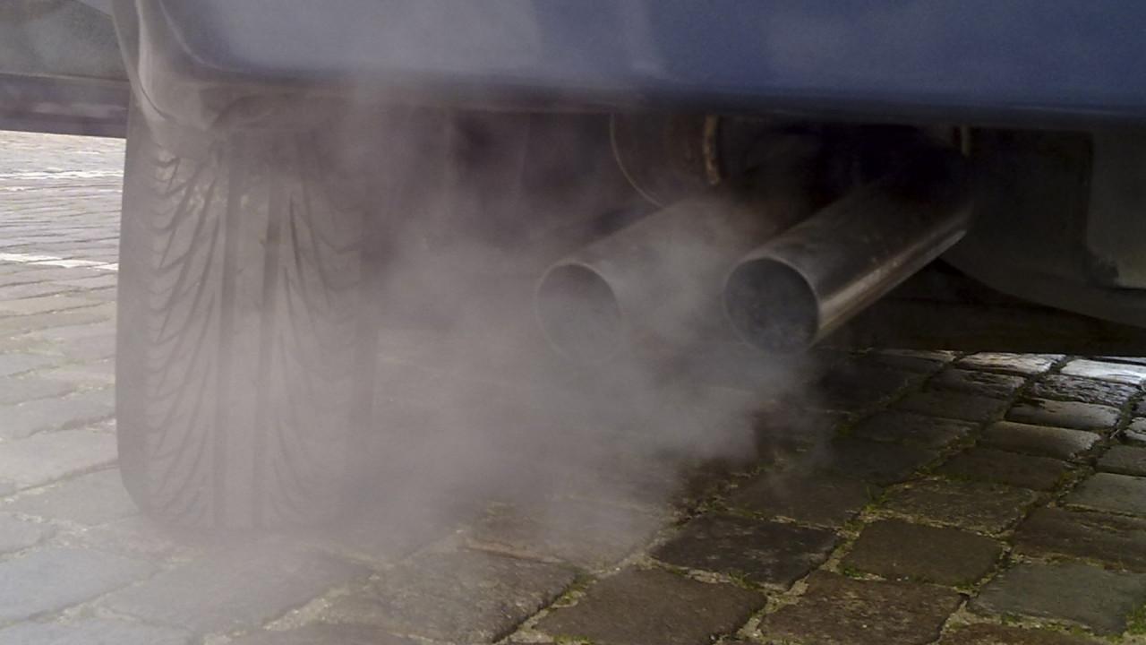 [Copertina] - Emissioni auto, l'Unione Europea supervisionerà tutti i modelli