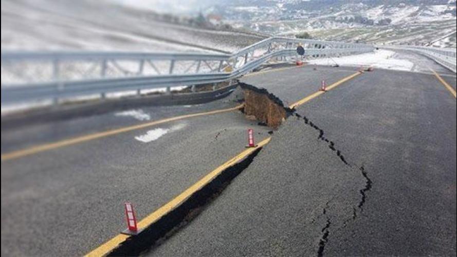 [Copertina] - La barzelletta del viadotto siciliano che crolla dopo 10 giorni