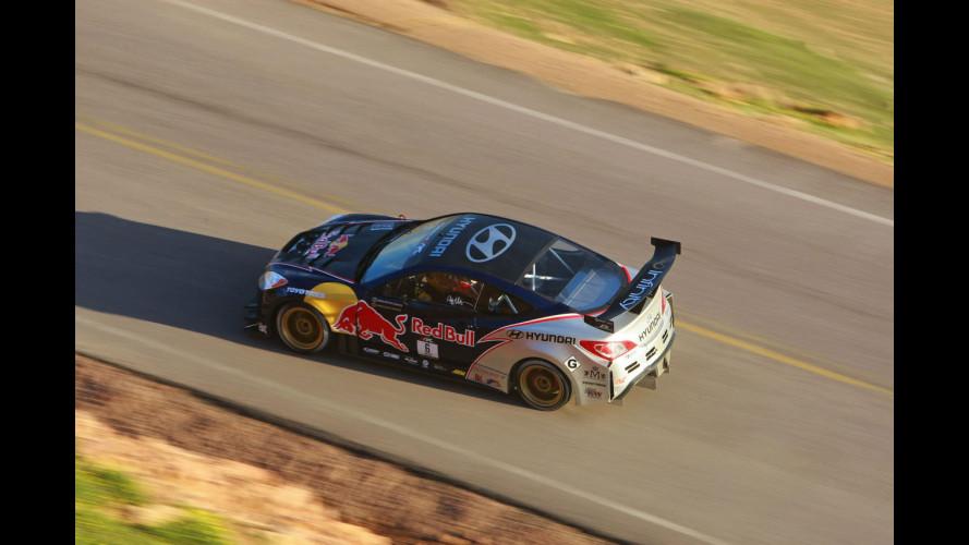 Hyundai Genesis Coupé conquista il Pikes Peak