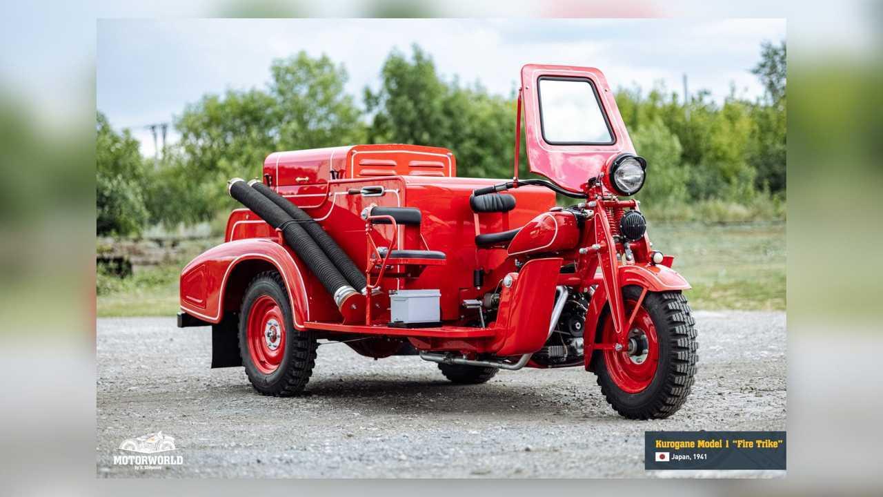 1941 Kurogane Model 1 Fire Trike - Right Front Angle View
