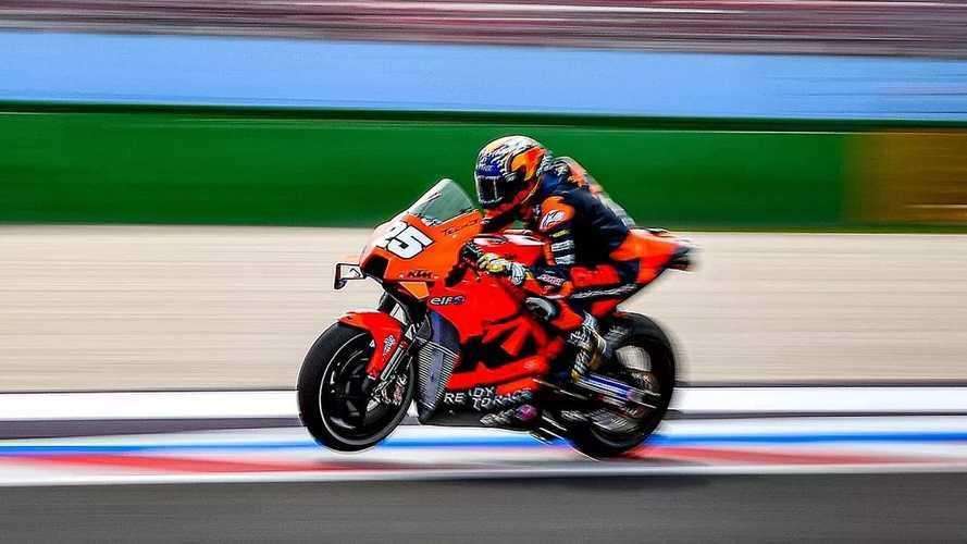 """Raúl Fernández: """"Pruebas una MotoGP, y Moto2 parece una broma"""""""