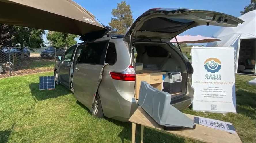 Годен: из Toyota Sienna построили компактный кемпер