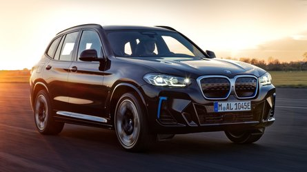 2022 BMW iX3 facelift debuts bigger grille, standard M Sport package