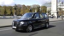 London Taxi LEVC TX eCity in Paris