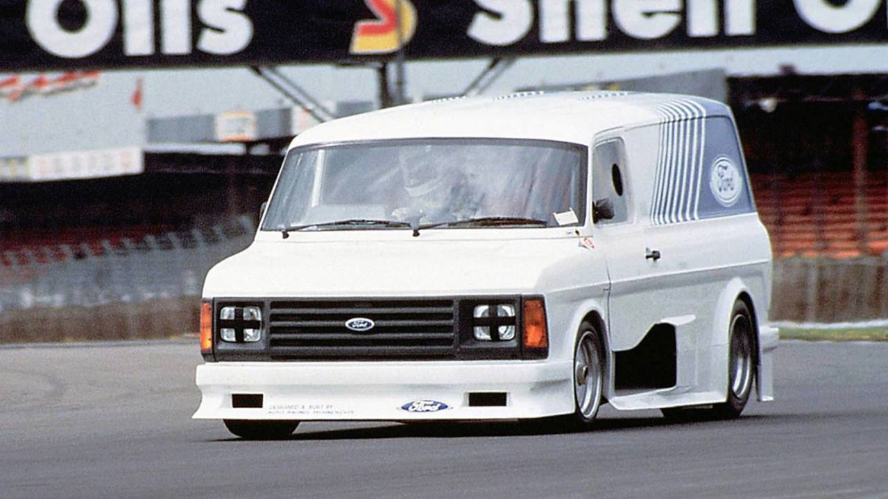 Ford Transit Supervan 2