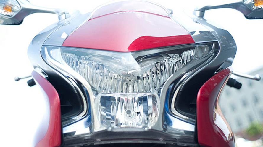 Honda VFR1200F: Riding Shamu On The Road