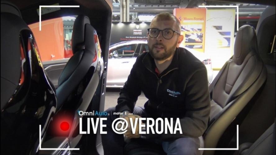 """Tesla a Verona Legend Cars, l'elettrico è già """"un classico"""" [VIDEO]"""