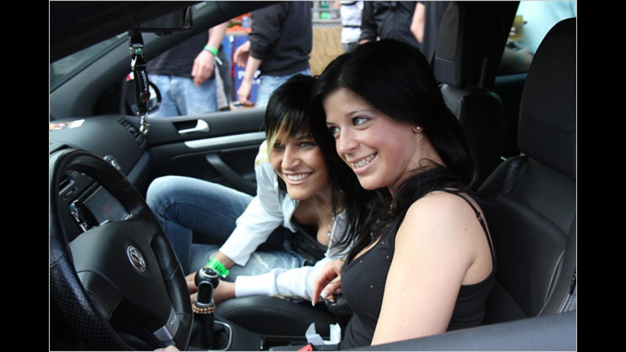 Die weiblichen Fahrer bekommen deutlich mehr Aufmerksamkeit als die männlichen