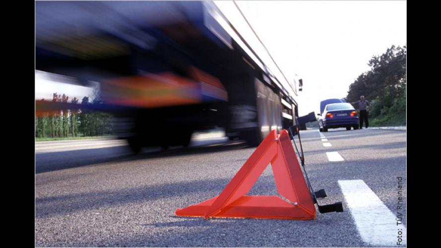 Bei Unfall oder Panne: Auto gut sichern