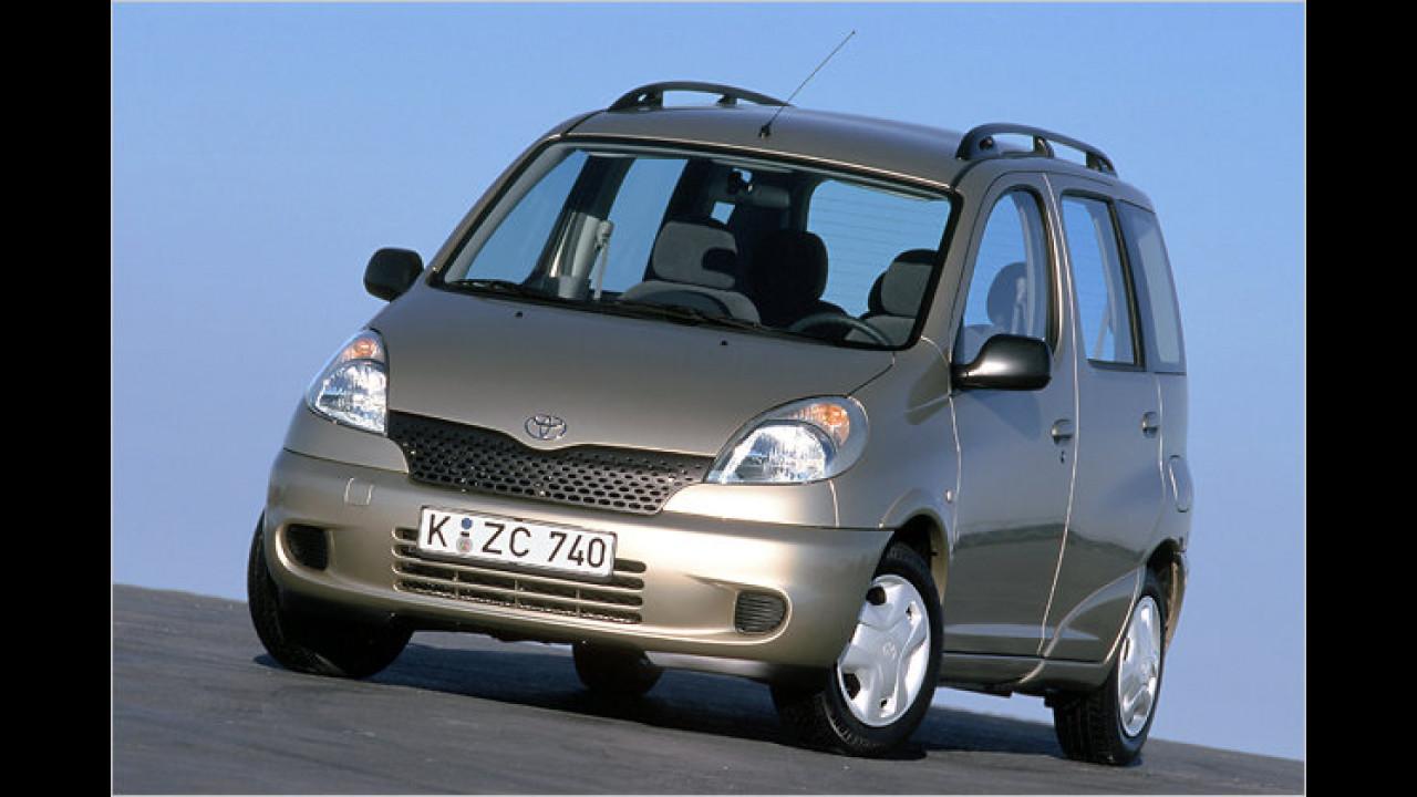 13. Toyota Yaris Verso (2003)