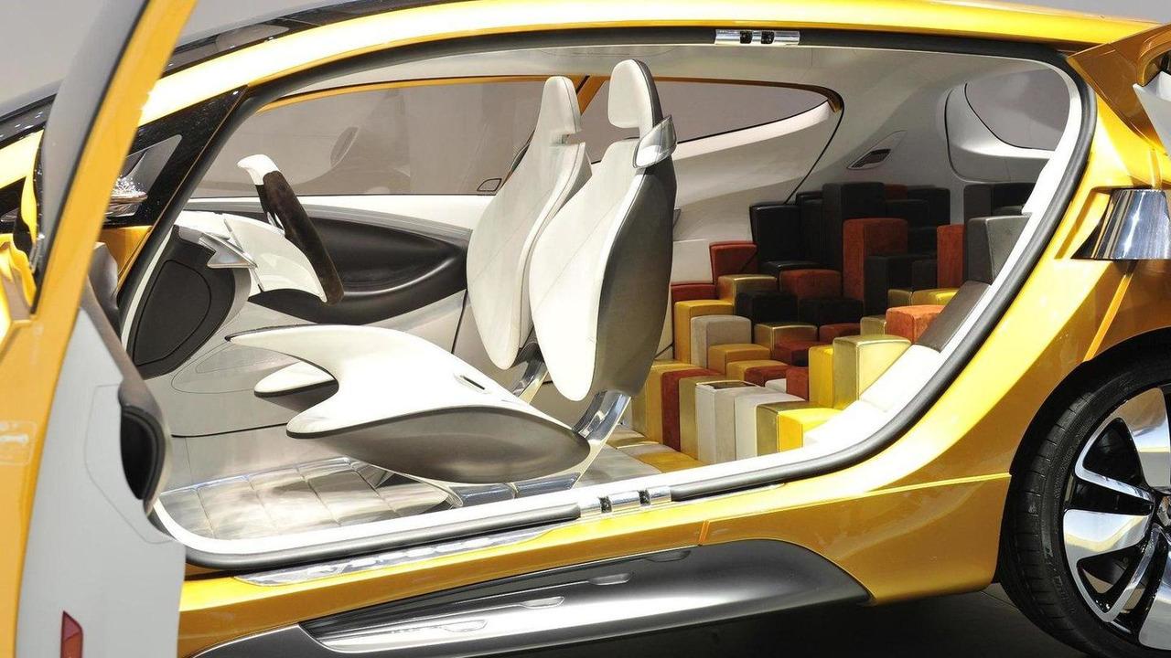 Renault R-Space Concept live in Geneva - 1.3.2011