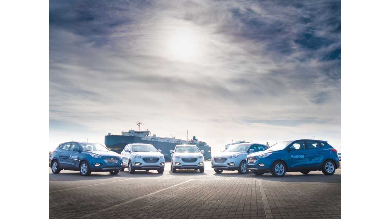 Less Than 500 Hydrogen Fuel Cell Cars Are In All Of Europe Today (250 Hyundai ix35 Fuel Cell Vehicles)
