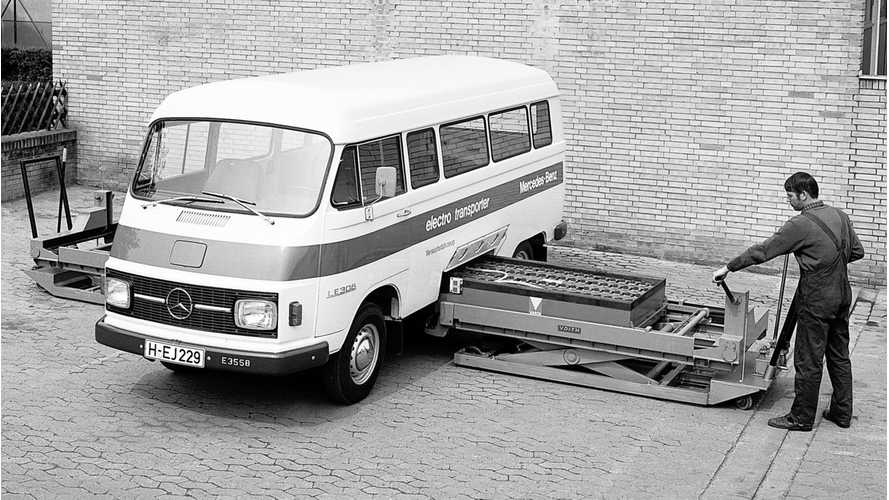 Check Out This Blast From The Past - 1972 Mercedes-Benz LE 306 Electric Van