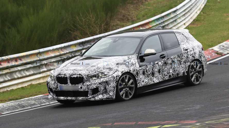 La future BMW M135i s'échauffe sur le Nürburgring