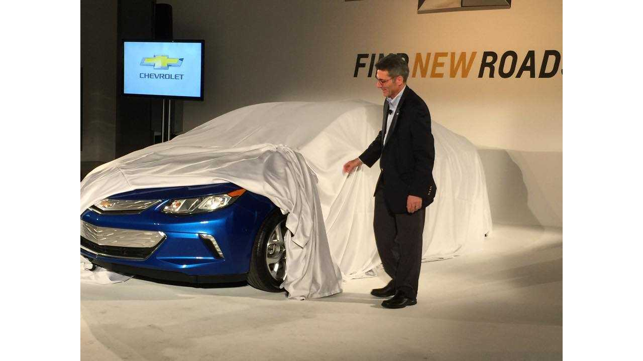 2016 Chevrolet Volt Gets Slight Reveal - Aggressive Exterior Design, Interior Significantly Improved