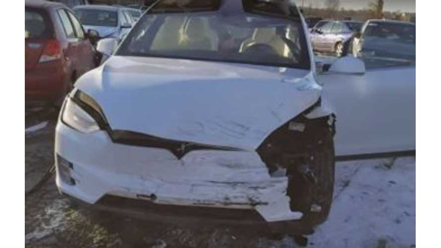 Tesla Model X Crash Aftermath - Video