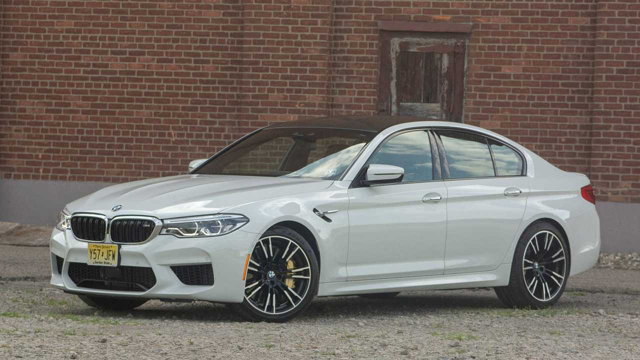 22. 2018 BMW M5